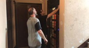 Echange avec un ascensoriste sur la levée de réserve ascenseur